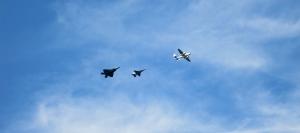 3 planes 3 – Version 2