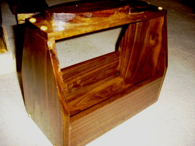 Walnut_Shoe_Shine_Box.483722_std